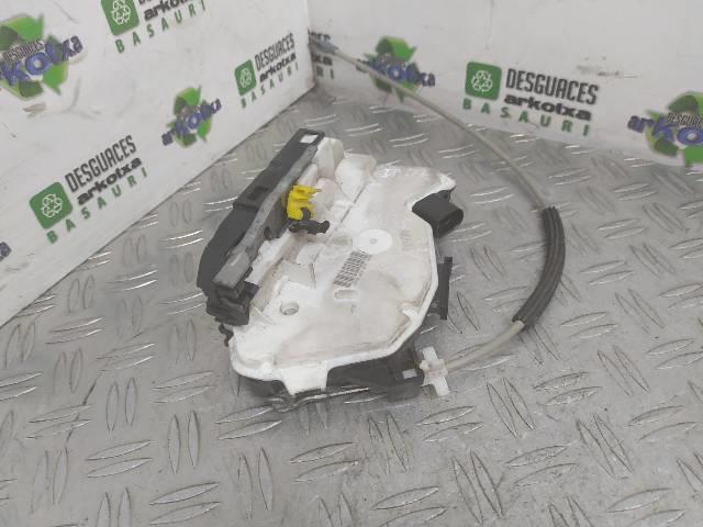 CERRADURA PUERTA TRASERA DERECHA SEAT IBIZA 1.6 TDI 6J 66 (2010)