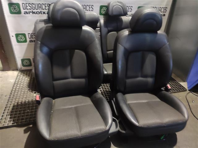 JUEGO ASIENTOS COMPLETO PEUGEOT 407 2.0 HDI 100