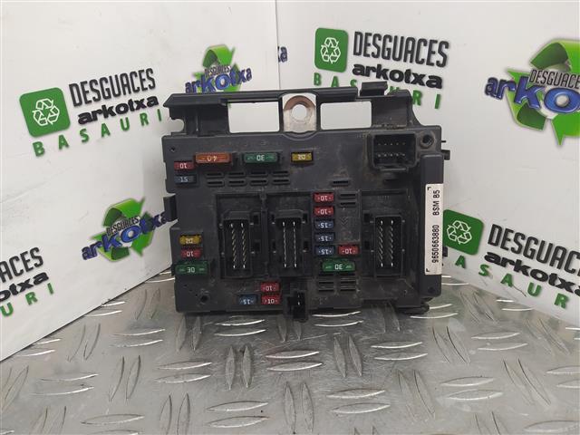 CAJA FUSIBLES BSI BSM PEUGEOT 807 3.0 GASOLINA V6 24 V 204 CV 150KW (2004)