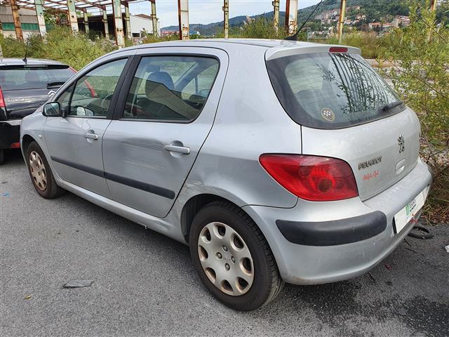 Peugeot 307 2.0 HDI (S1) (2002) 66KW