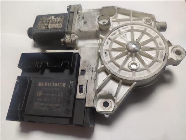 MOTOR ELEVALUNAS DELANTERO IZQUIERDO VOLKSWAGEN GOLF 2.0 TDI V (2006)